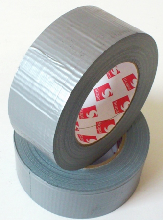 ROTOLO SCAPA 3160 GAFFER LUCIDO GRIGIO 50mmx50mt<br><br>Waterproof Cloth Tape<br><br>DESCRIPTION :<br><br>Scapa 3160 is a standard grade, polyethylene laminated, waterproof cloth tape, coated with a pressure sensitive adhesive Scapa 3160 is available in black, white and silver.<br><br>APPLICATIONS :<br><br>-Designed as a general purpose waterproof cloth tape<br>-Used for sealing, bundling, short term masking and protecting<br>-Excellent for jointing polyethylene sheeting in asbestos removal applications<br>-Double glazing unit sealing<br>-Medium temperature duct sealing<br>-Carpet joining and edging<br>PRODUCT BENEFITS<br>-Good water resistance<br>-Excellent adhesion and strength<br>-Flexible and conformable<br>-Easy tear<br>-Good low temperature performance<br>-Service Temperature 0 to 60°C